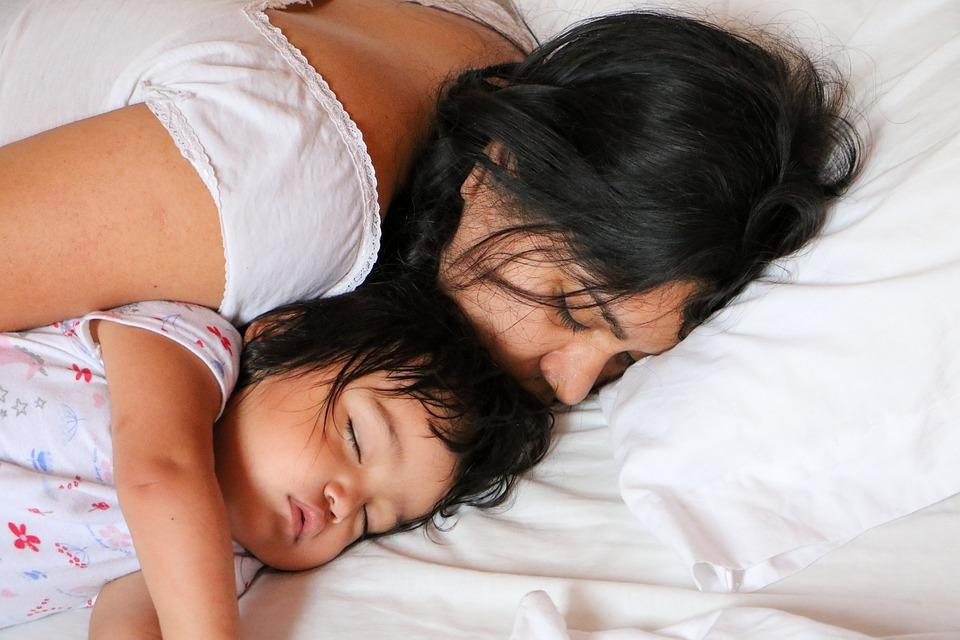 Дети в 21:30 должны быть в кровати! Лучшее правило для родителей